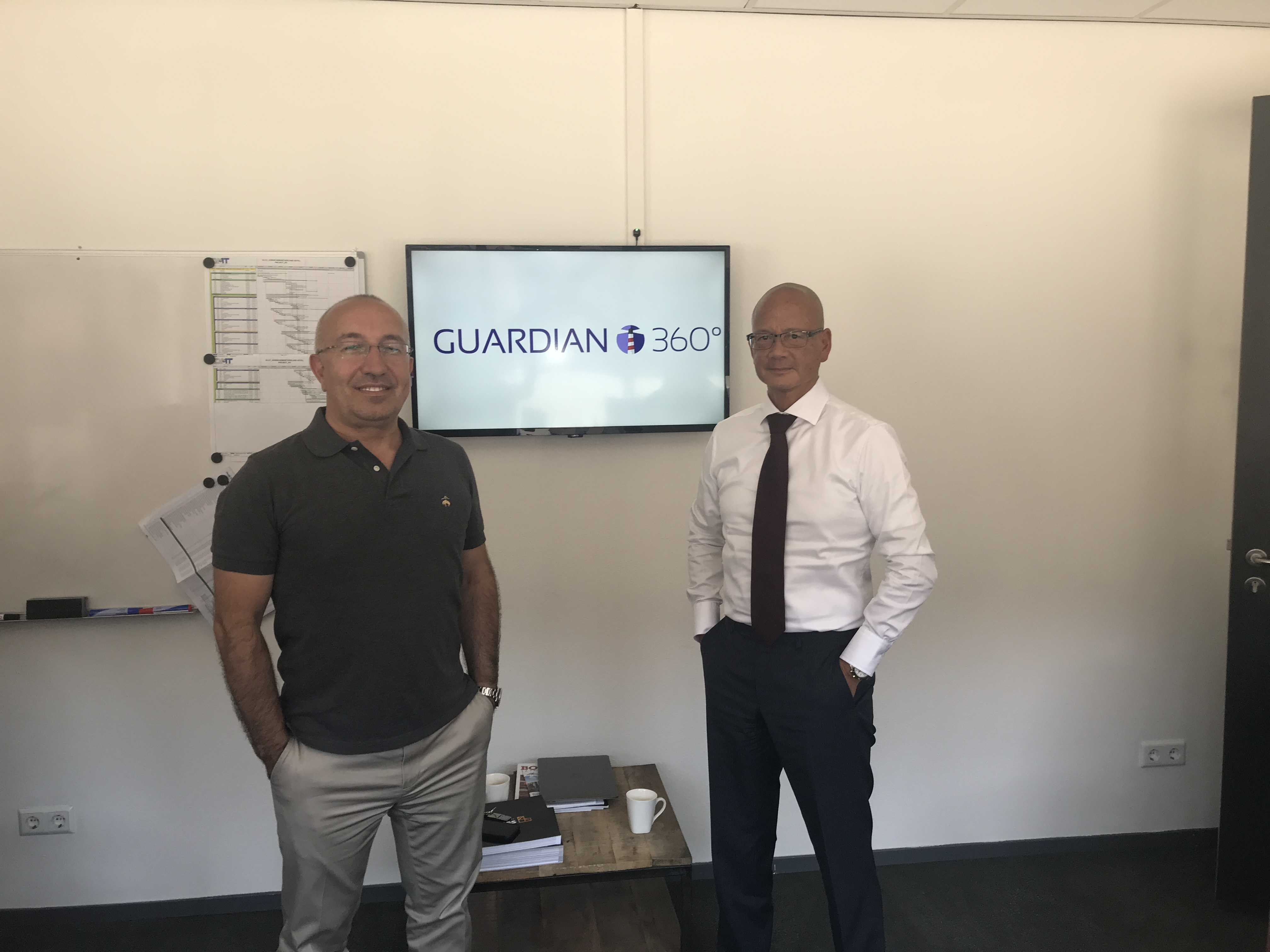 Guardian360 signs distribution agreement with value added distributor TopTel